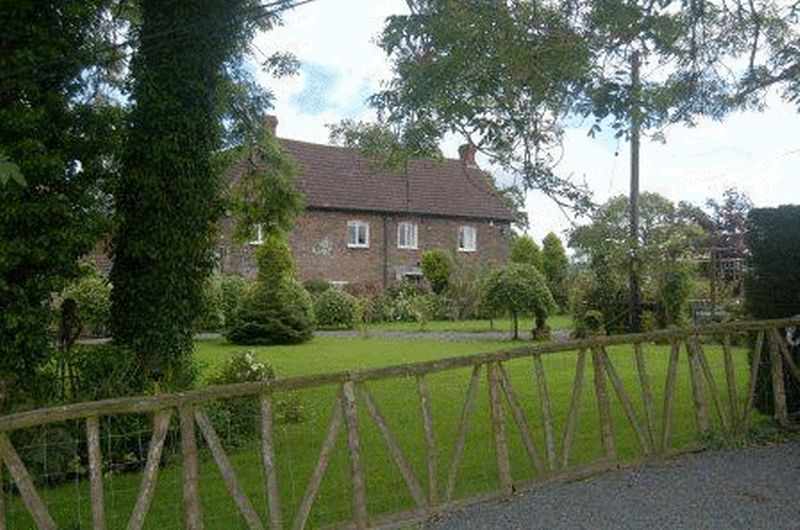 Llanvihangel Crucorney, Abergavenny, NP7