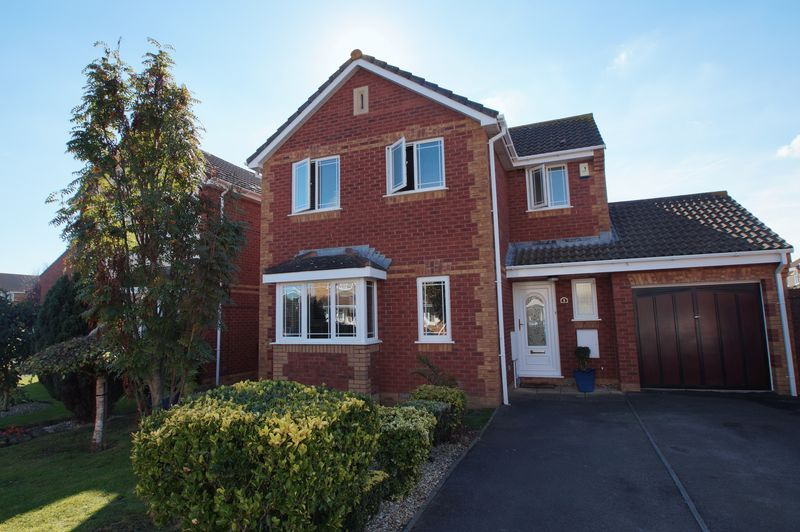 3 Bedrooms Detached House for sale in Stone Road, Burnham-On-Sea