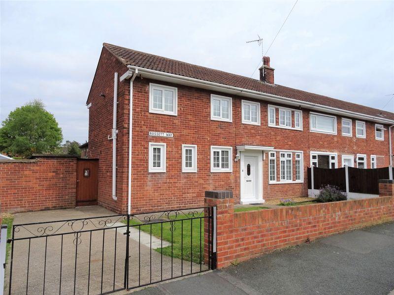 3 Bedrooms House for sale in Rossett Way, Wrexham