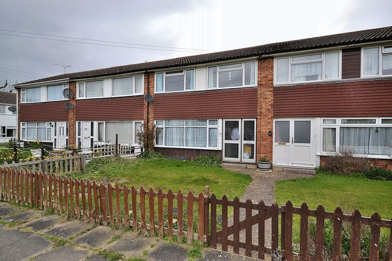 3 Bedrooms Terraced House for sale in Northall Close, Eaton Bray