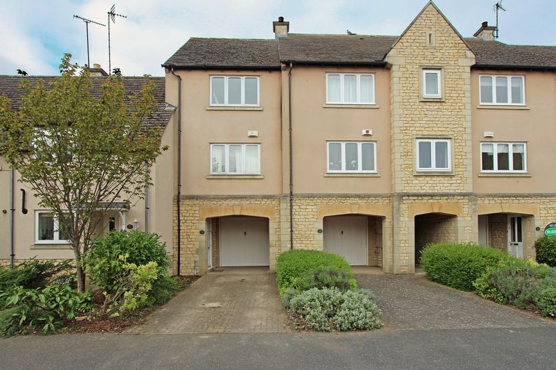 2 Bedrooms Terraced House for sale in Gresley Drive, Stamford