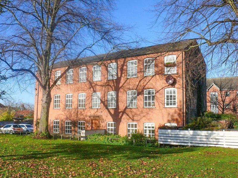 1 Bedroom Flat for sale in Volunteer Fields, Nantwich