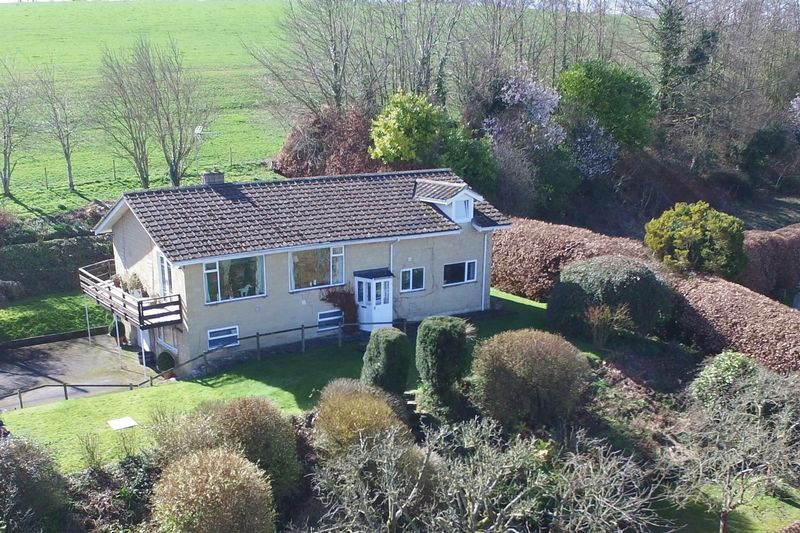 5 Bedrooms Detached House for sale in Corton, Wylye Valley