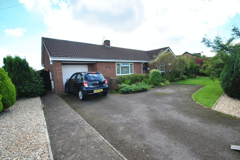 3 Bedrooms Detached Bungalow for sale in BERRY HILL, NR. COLEFORD, GLOUCESTERSHIRE
