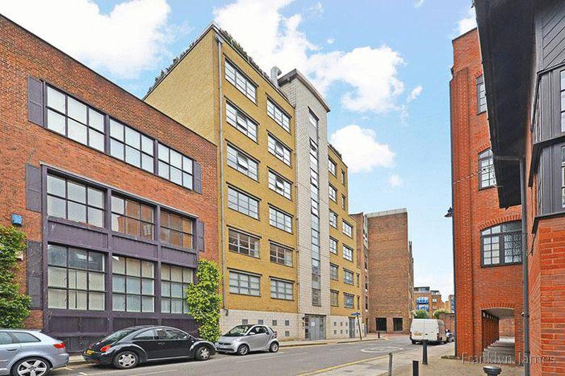 Car Parking Space, Limehouse, E14