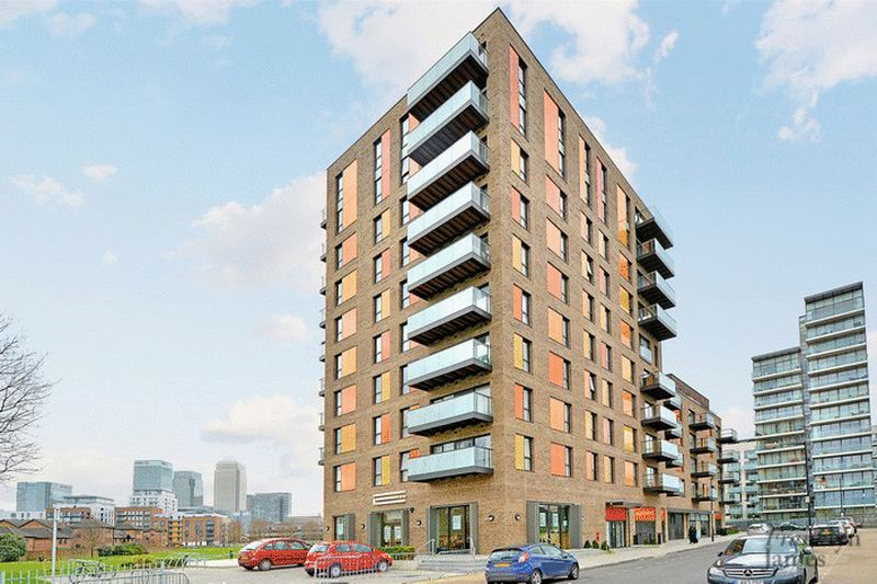 3 Bedrooms Flat for sale in Boathouse Apartments, Poplar, E14