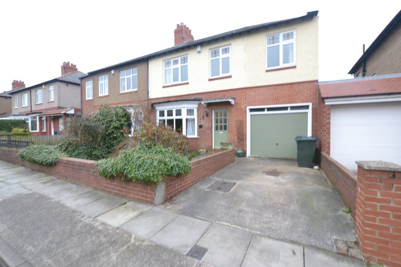 4 Bedrooms Semi Detached House for sale in Eastlands, Newcastle Upon Tyne