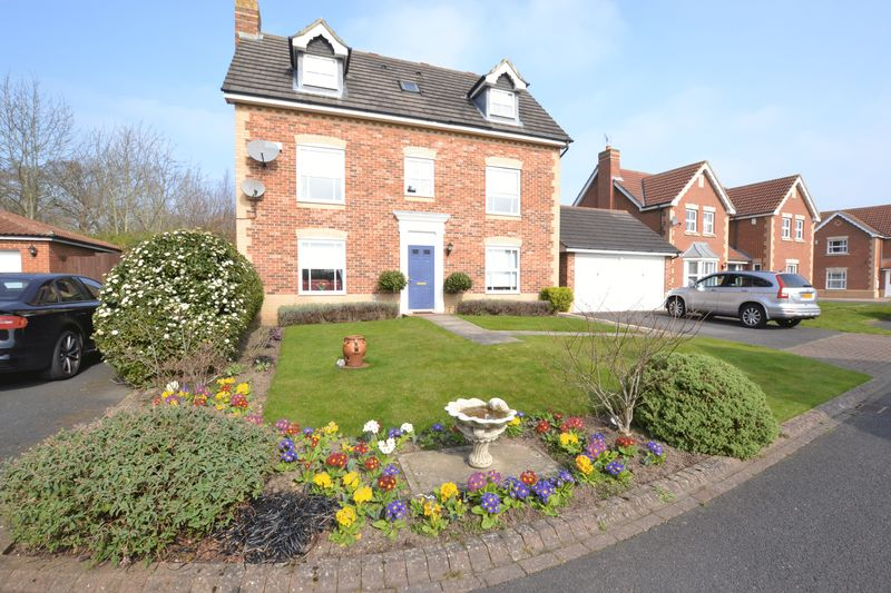 5 Bedrooms Detached House for sale in Butterburn Close, Newcastle Upon Tyne