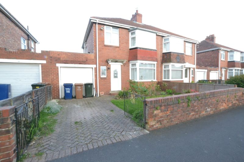3 Bedrooms Semi Detached House for sale in Derwentdale Gardens, Newcastle Upon Tyne