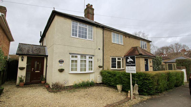 2 Bedrooms Semi Detached House for sale in New Road, Great Missenden
