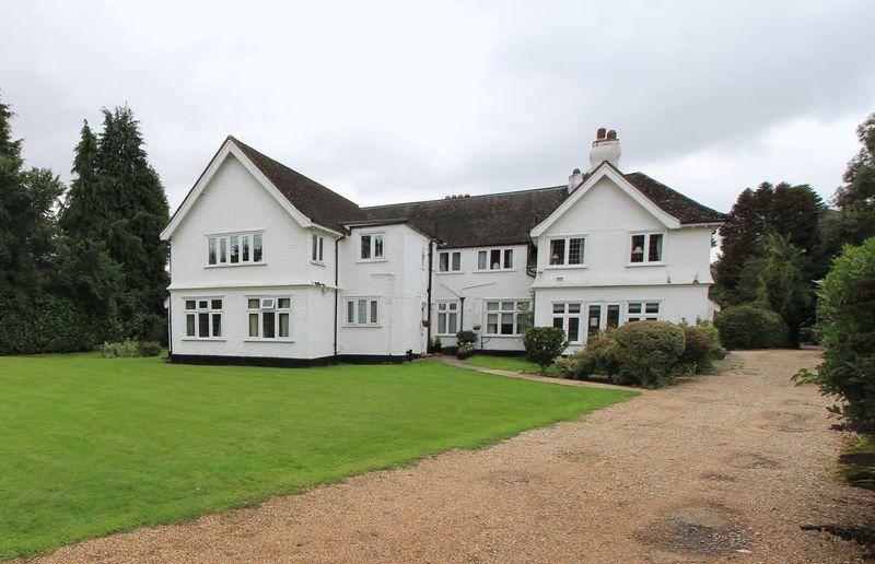 1 Bedroom Flat for sale in Ballinger Grange, Great Missenden