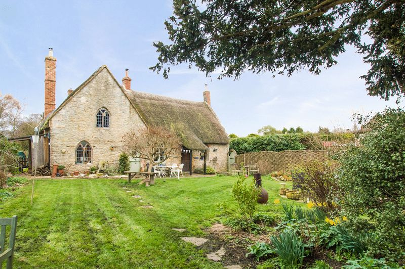 3 Bedrooms Cottage House for sale in East Coker, Somerset
