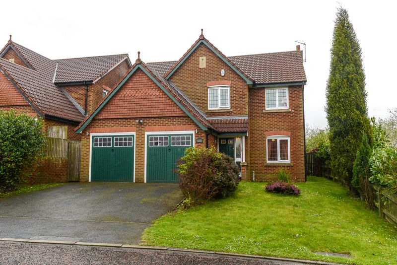 5 Bedrooms Detached House for sale in Broadacre, Upholland