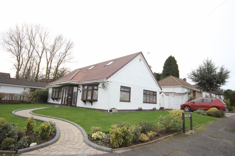 4 Bedrooms Detached Bungalow for sale in Rhodesway, Heswall, Wirral