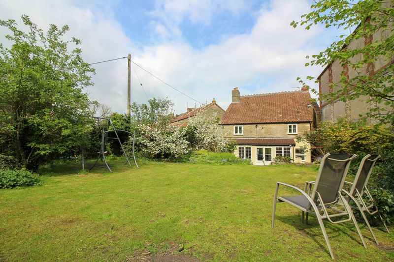 4 Bedrooms Detached House for sale in Lower Keyford, Frome