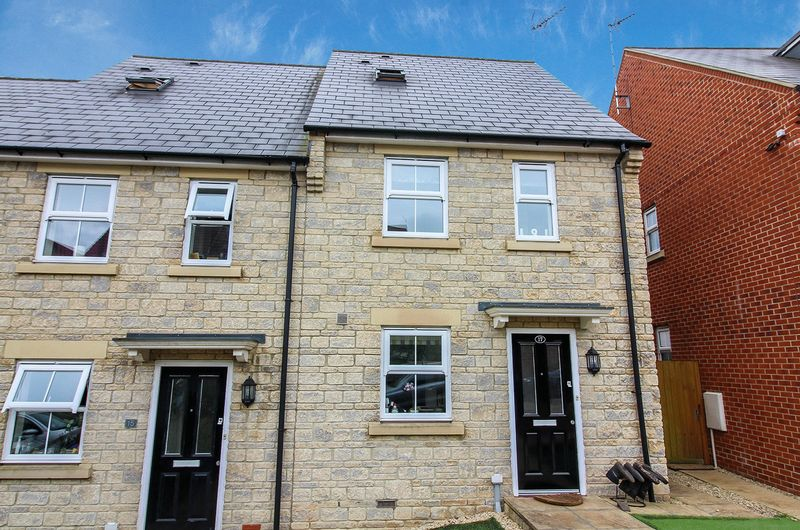 3 Bedrooms House for sale in Portway Gardens, Frome