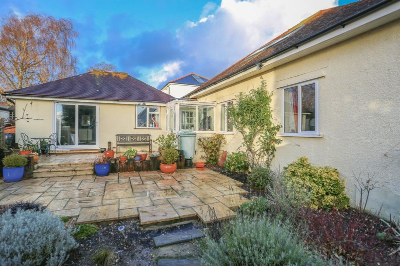 5 Bedrooms Detached House for sale in Durrington Hill, Salvington