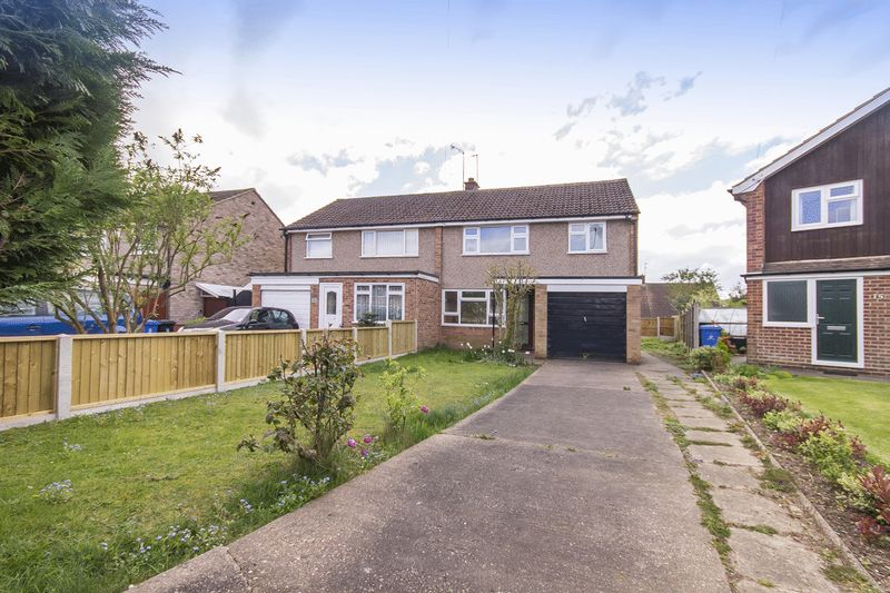3 Bedrooms Semi Detached House for sale in BAKEWELL CLOSE, MICKLEOVER