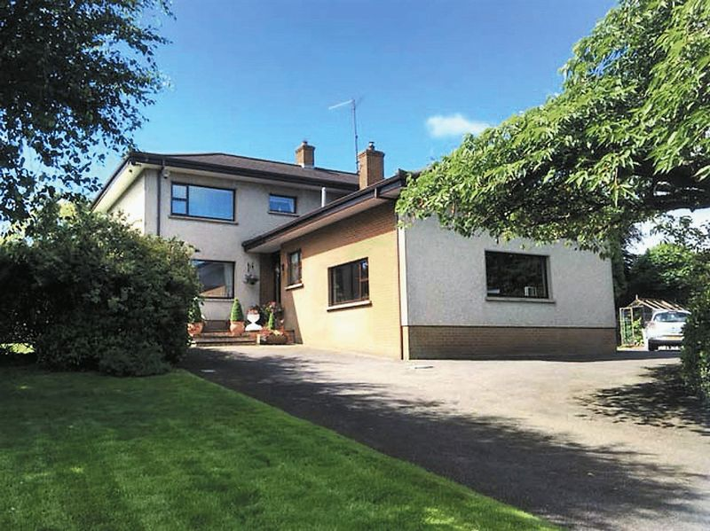 4 Bedrooms Detached House for sale in 39 Camlough Road, Newry BT35 7LS