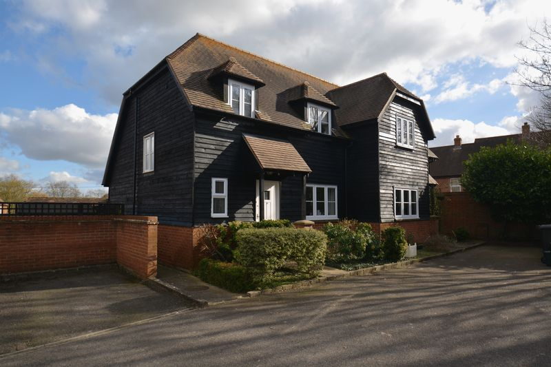 3 Bedrooms Semi Detached House for sale in Smiths Farm Lane, Didcot