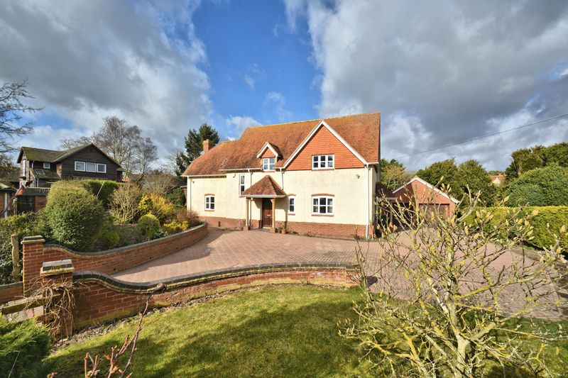 4 Bedrooms Detached House for sale in Manor Road, Didcot