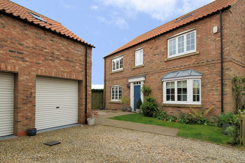6 Bedrooms Detached House for sale in Kingsthorpe Park, Selby, North Yorkshire