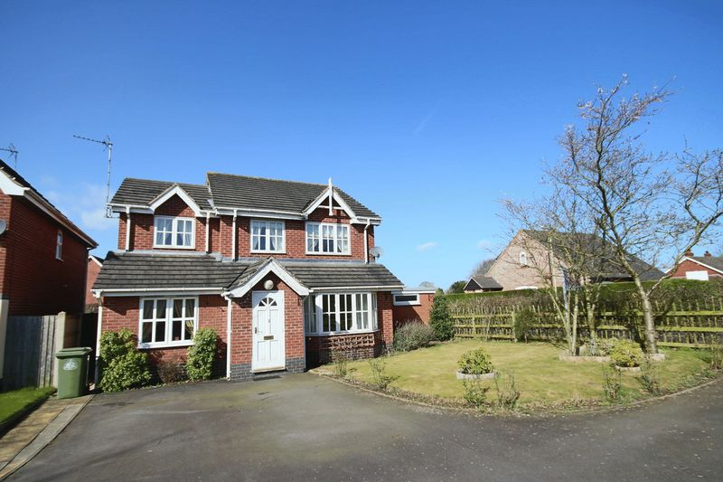 4 Bedrooms Detached House for sale in Chancel Drive, Market Drayton