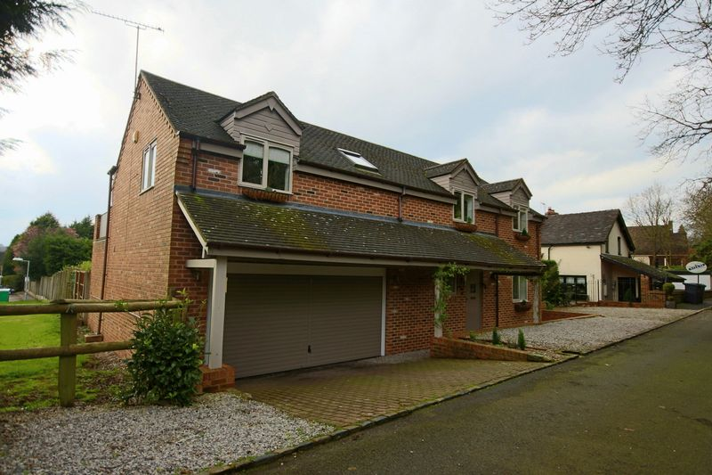 4 Bedrooms Detached House for sale in Coneygreave Lane, Whitmore, Newcastle-Under-Lyme