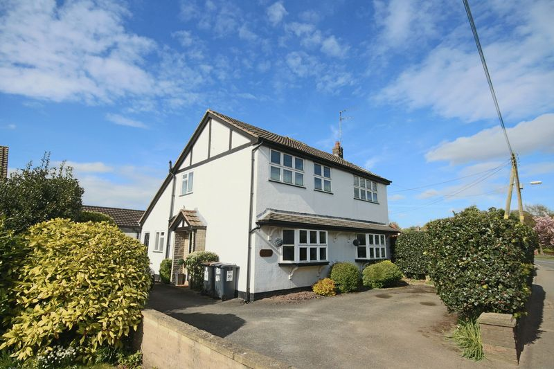 4 Bedrooms Detached House for sale in Baldwins Gate, Newcastle-Under-Lyme