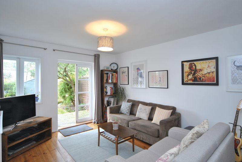 1 Bedroom Flat for sale in Rosebery Gardens, Crouch End, N8