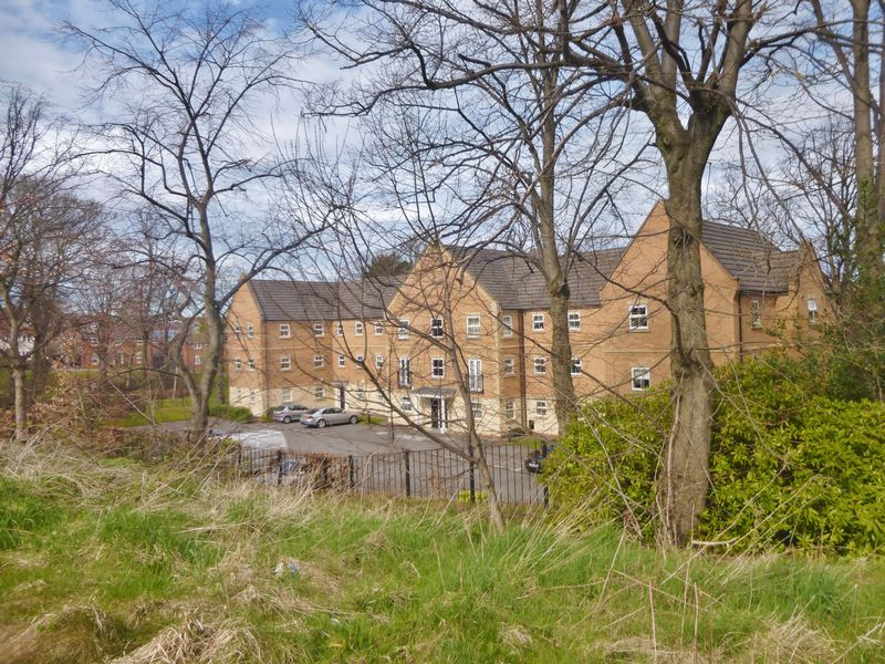 Glenwood Drive, Wadsley Park Village - N...