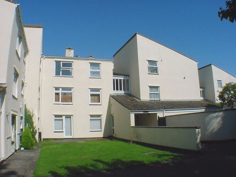 1 Bedroom Flat for sale in Ash Court, Whitchurch, Bristol, BS14