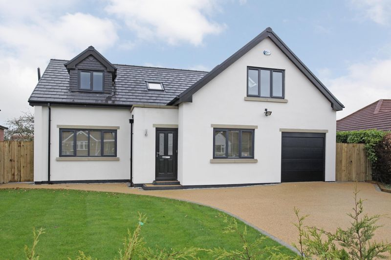 4 Bedrooms Detached House for sale in High Elm Road, Hale Barns