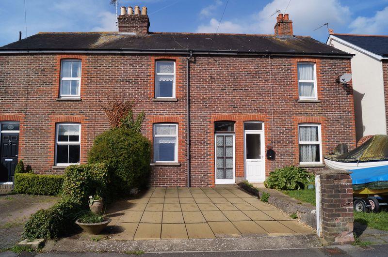 2 Bedrooms Terraced House for sale in Bridge Road, Emsworth