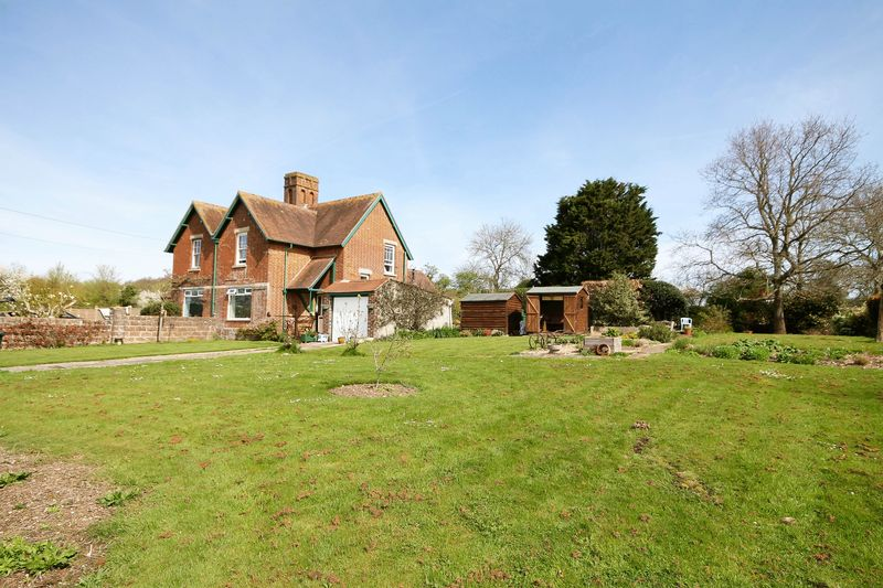3 Bedrooms Semi Detached House for sale in Woodmancote Lane, Woodmancote