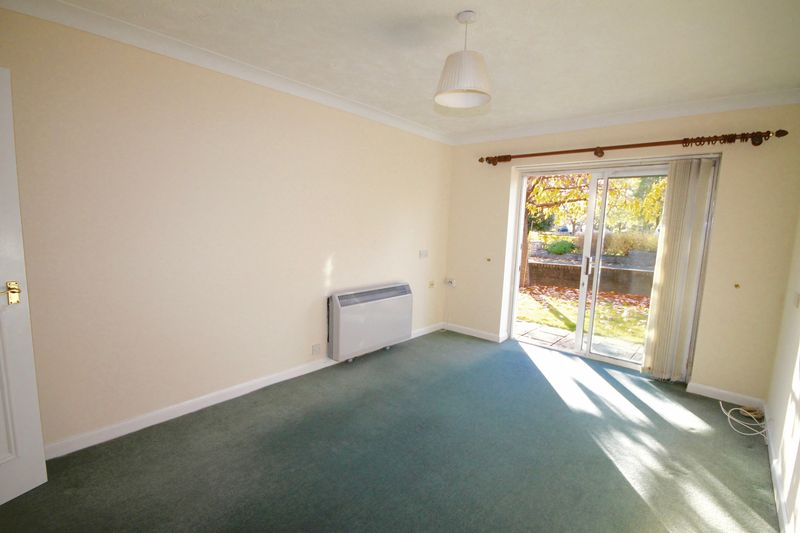 1 Bedroom Flat for sale in Horndean Road, Emsworth