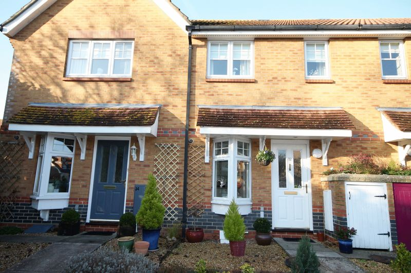 2 Bedrooms Terraced House for sale in Russet Gardens, Emsworth