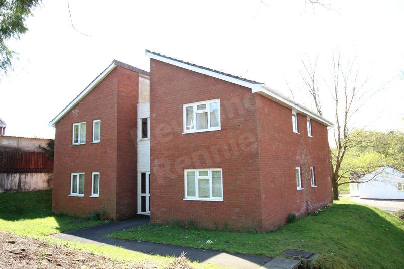 1 Bedroom Flat for sale in Llwyn Deri Close, Rhiwderin, Newport