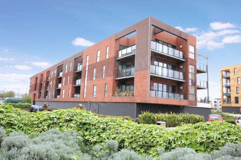 2 Bedrooms Flat for sale in Selskar Court, Usk Way, Newport
