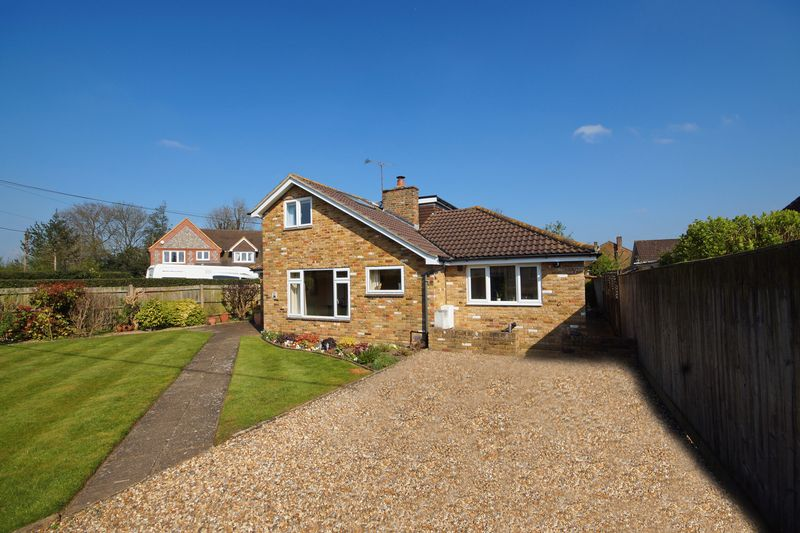3 Bedrooms Detached House for sale in Prestwood