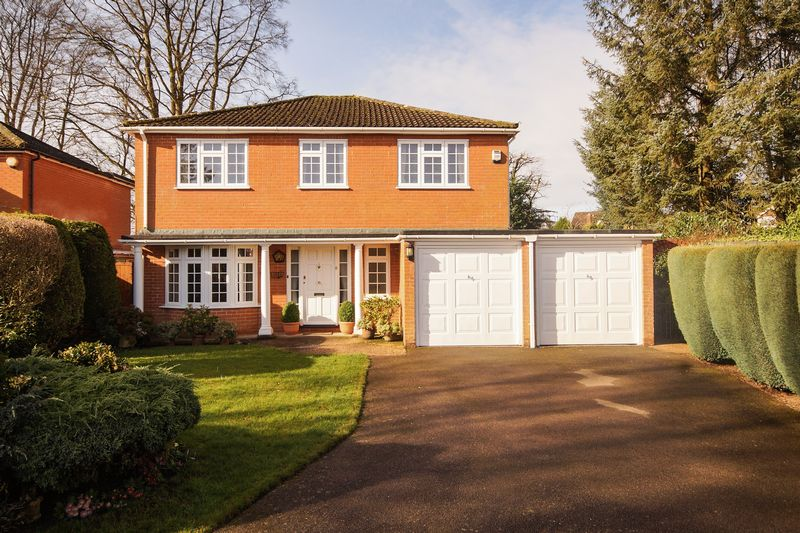 5 Bedrooms Detached House for sale in Prestwood