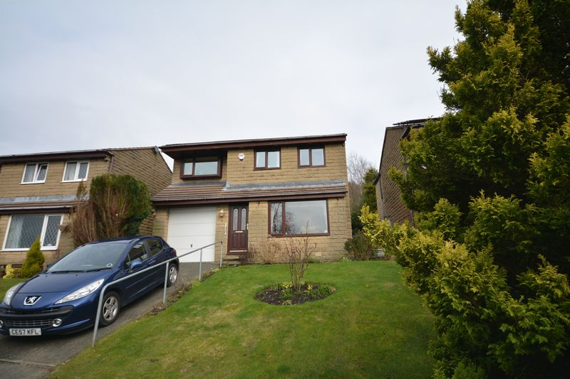 4 Bedrooms Detached House for sale in Rowan Tree Close, Accrington