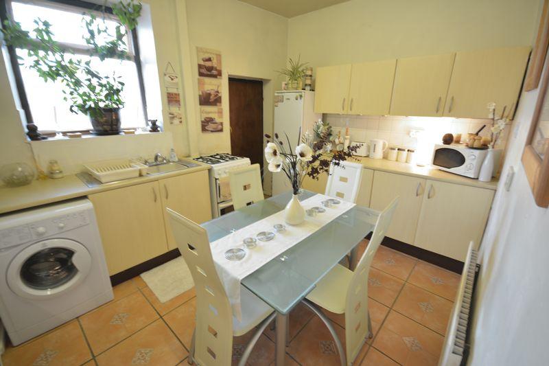 2 Bedrooms Terraced House for sale in Garden Street, Oswaldtwistle