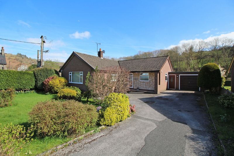 3 Bedrooms Detached Bungalow for sale in New Road, Glyn Ceiriog