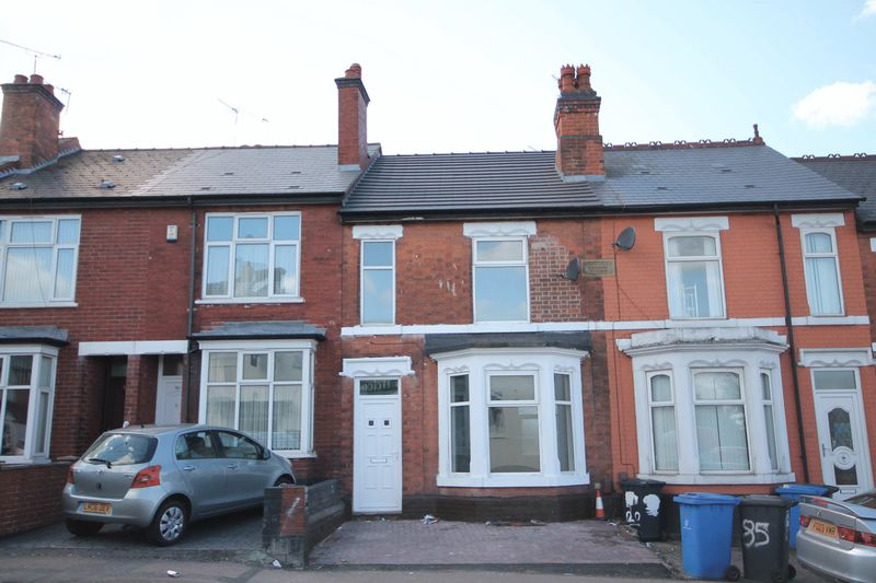 3 Bedrooms Terraced House for sale in ST. THOMAS ROAD, DERBY