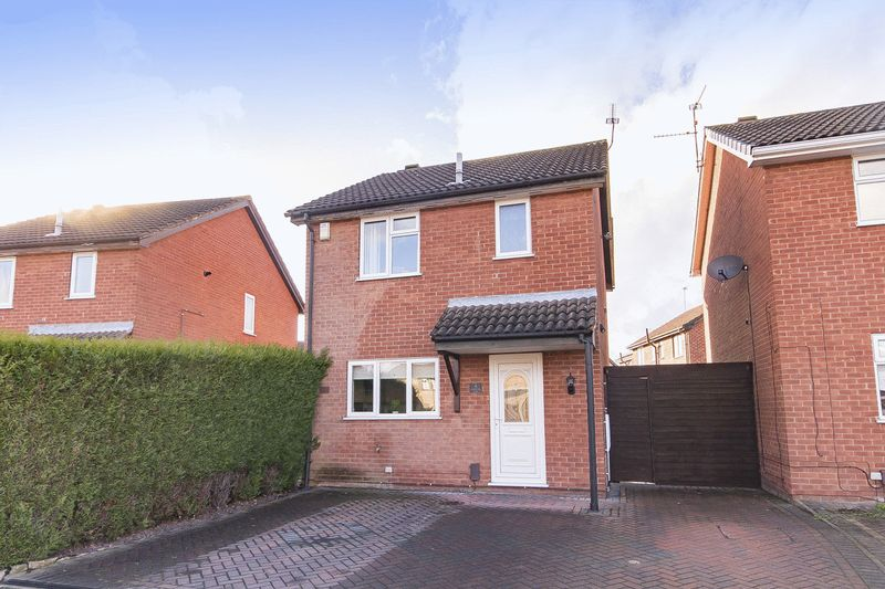3 Bedrooms Detached House for sale in CASTLECRAIG COURT, SINFIN.