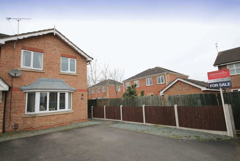 3 Bedrooms House for sale in IVERNIA CLOSE, SUNNYHILL.