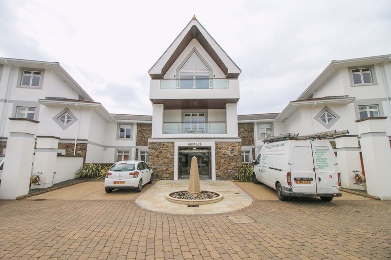 1 Bedroom Flat for sale in 68 Majestic Apartments, King Edward Road, Onchan