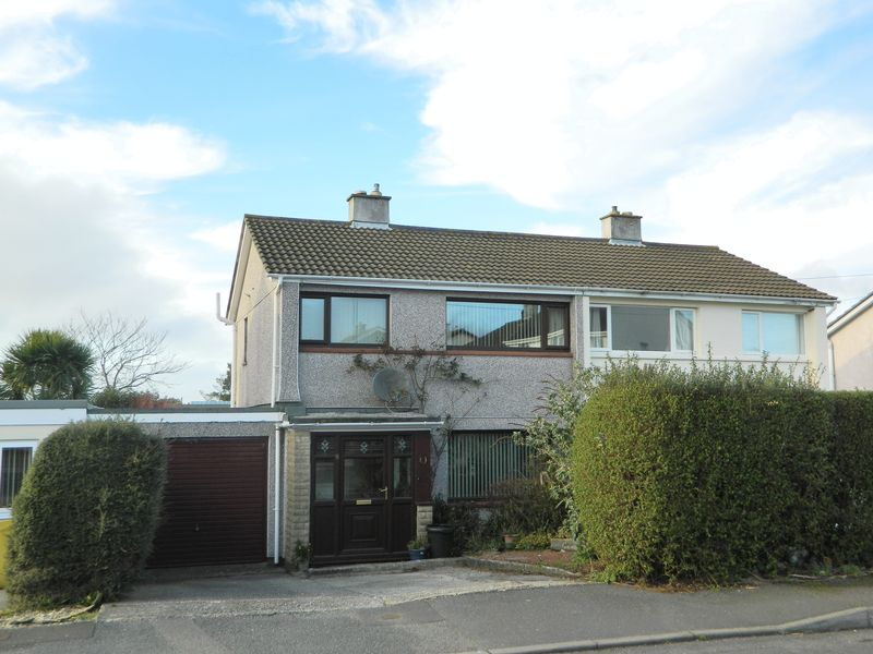 3 Bedrooms Semi Detached House for sale in Bosmeor Park, Redruth