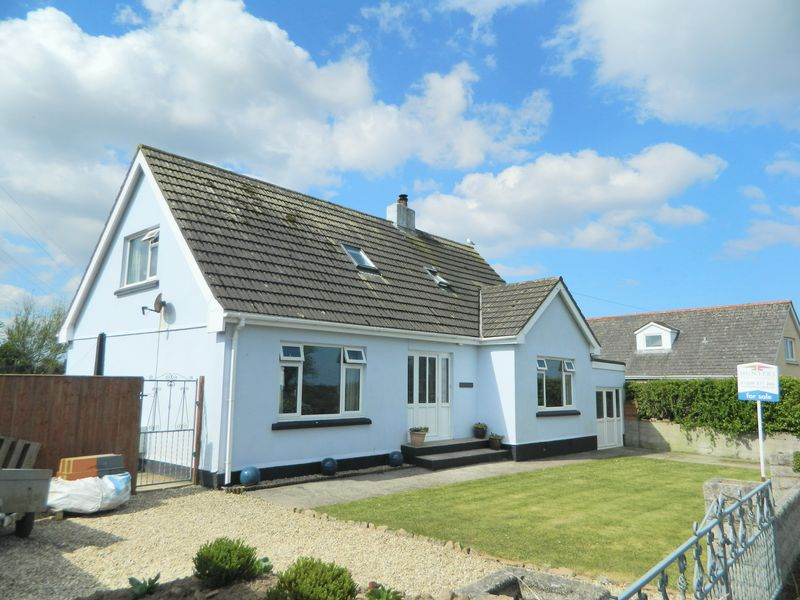 5 Bedrooms Detached House for sale in Richards Lane, Illogan